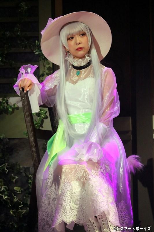 天童院 椿 役の平松可奈子さん