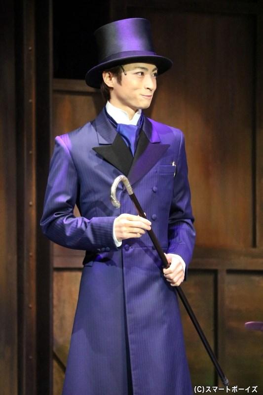 オペラ座のパトロン、フィリップ・シャンドン伯爵(木村達成さん)はクリスティーヌに才能を見出す
