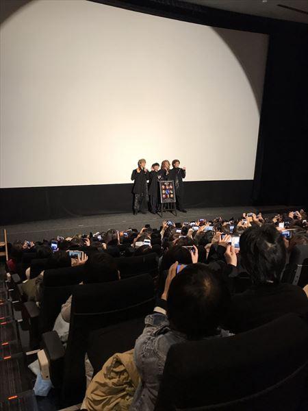 池袋HUMAXシネマズの最大スクリーンであるシネマ1で2回行われた舞台挨拶はどちらも満員御礼となった。