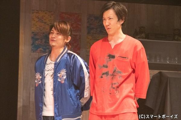 幹夫役/河原田巧也さん(左)、やしち役/石賀和輝さん