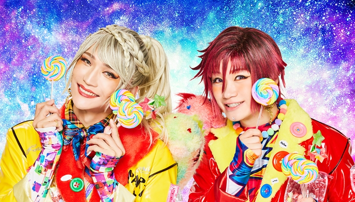 衝撃のデビューを果たしたユニット「WINWIN」 (左)丘山晴己さん (右)鳥越裕貴さん