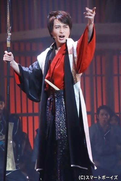 織田信長役の徳山秀典さん