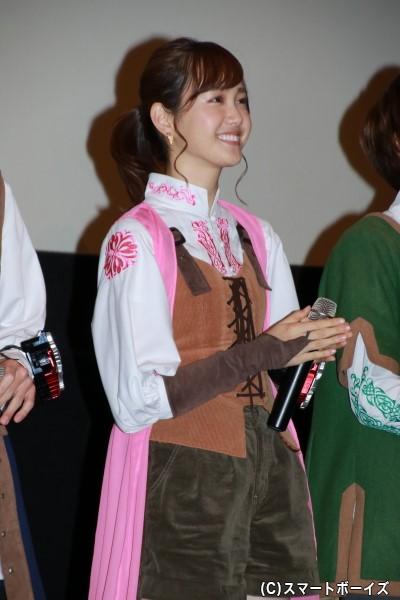 リュウソウピンク/アスナ役の尾碕真花さん