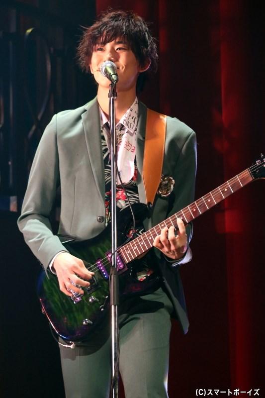 ギター/チヒロ役の正木 郁さん
