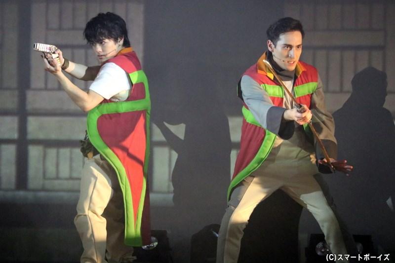 てれび戦士の長江崚行さん(写真左)、ド・ランクザン望さん(写真右)