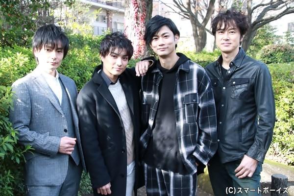 (左より)松本慎也さん、松村泰一郎さん、馬場良馬さん、笠原浩夫さん