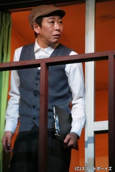 コンフォート安楽の大家、安楽久仁彦役の石倉良信さん