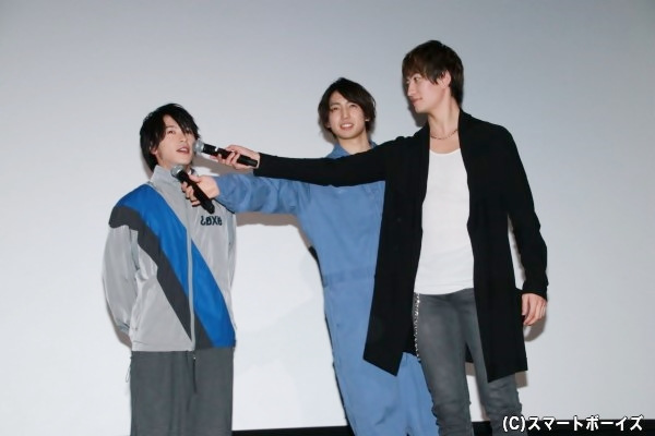 マイクトラブルで交換している間、地声で挨拶する田中さんをイジる有澤さんと伊万里さん