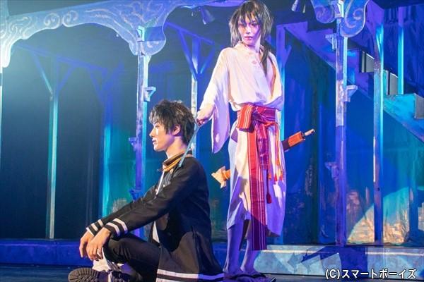危険な目に合わせるくらいならと、詩郎は山田に刃を向け……