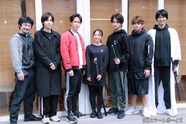 (左より) 吉田智則さん、神永圭佑さん、味方良介さん、今泉佑唯さん、瀬戸利樹さん、高橋龍輝さん、小松準弥さん