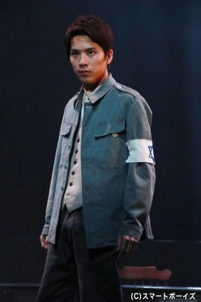 ユゼフ・テネンボウム役の新正俊さん