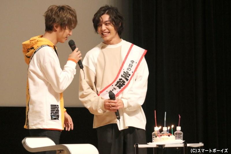 ゲストのはずが、吉田さんのたすきには『今日の主役です』の文字が!?