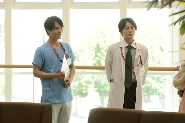 (左より)小早川俊輔さん、根本正勝さん