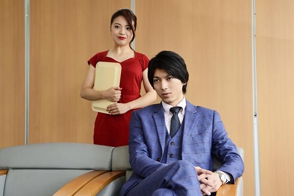 (左より)小築舞衣さん、小松準弥さん