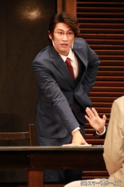 陪審員4号役の足立英昭さん