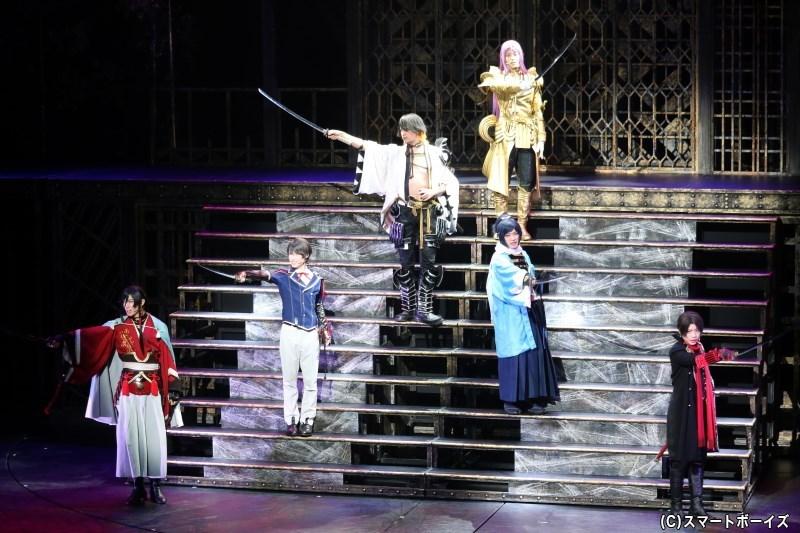 ミュージカル『刀剣乱舞』 ~幕末天狼傳~が開幕、より磨きをかけた新演出での上演に!