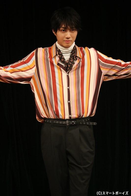 第2部も2020年カレンダーのテーマ『レトロクラシカル』な衣装を着こなして登場