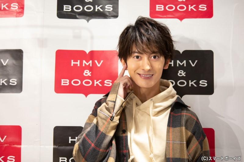 11月10日に25歳になったばかりの菊池さん、ファンの皆さんもWでお祝いに駆けつけました