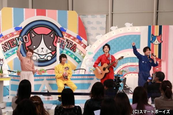 """水曜メンバーによるユニット""""みず""""の新曲「Riki Riki」が初披露!"""