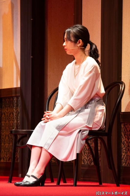 橋本麻由美役、堀口紗奈さん