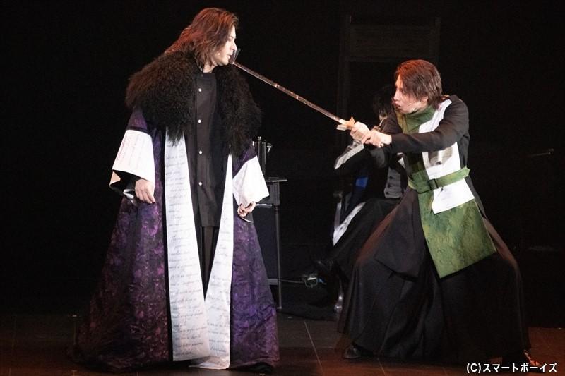 オフィーリアの兄も剣を取り、それぞれの関係が複雑にねじれていく!