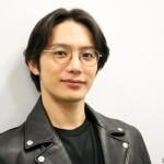 『東京原子核クラブ』で海軍中尉・狩野良介役に挑む、久保田秀敏さんが登場!