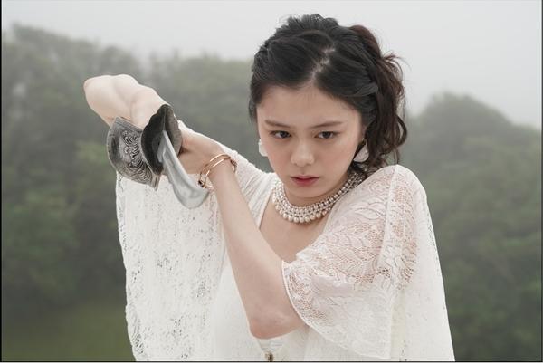 オーラ役の紺野彩夏さん ©東映特撮ファンクラブ ©石森プロ・テレビ朝日・ADK EM・東映