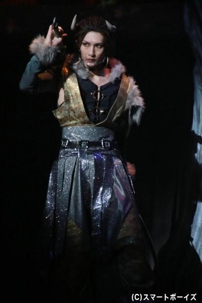 茨木童子(いばらきどうじ)役の梅津瑞樹さん