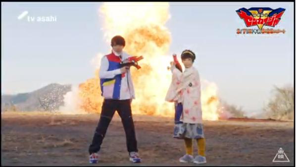 (スペシャル動画より) 制作発表会見の場でも話されていた、駒木根さんと榊原さんによる爆破シーン