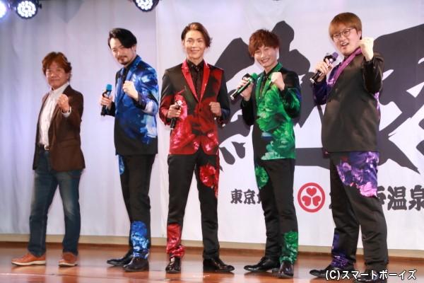 (左より)佛田 洋監督、小田井涼平さん、白川裕二郎さん、後上翔太 さん、酒井一圭さん