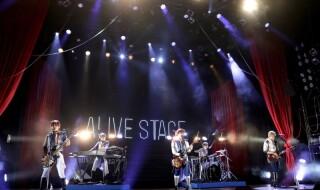 SOARAがバンド演奏で盛り上げる、2幕・ダンスライブでのパフォーマンスを速報UP!