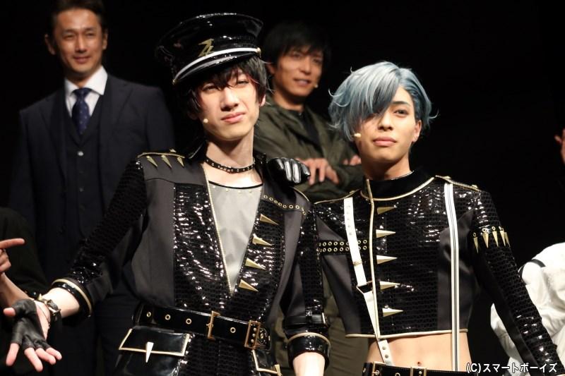 (左から)ZIX・須貝 誠 役の五十嵐拓人さん、菱田 満 役の山根理輝さん