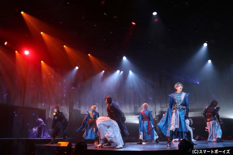「錆色のアーマ」初の外伝、満を持しての延期公演が開幕!