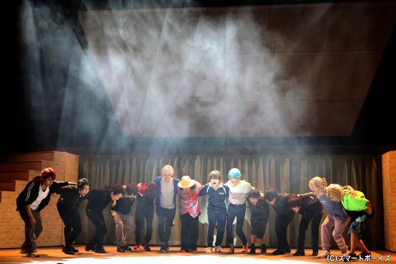 新チーム「ノーヴァ」は無事に、旗揚げ公演『十二夜』を成功させられるのか……