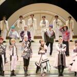 劇中劇『十二夜』上演&サイリウムOKのレヴューも! ボイスドラマを経て『青山オペレッタ THE STAGE』がついに開幕