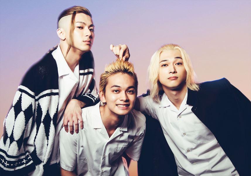 左から ドラケン(山田裕貴)、タケミチ(北村匠海)、マイキー(吉沢亮)