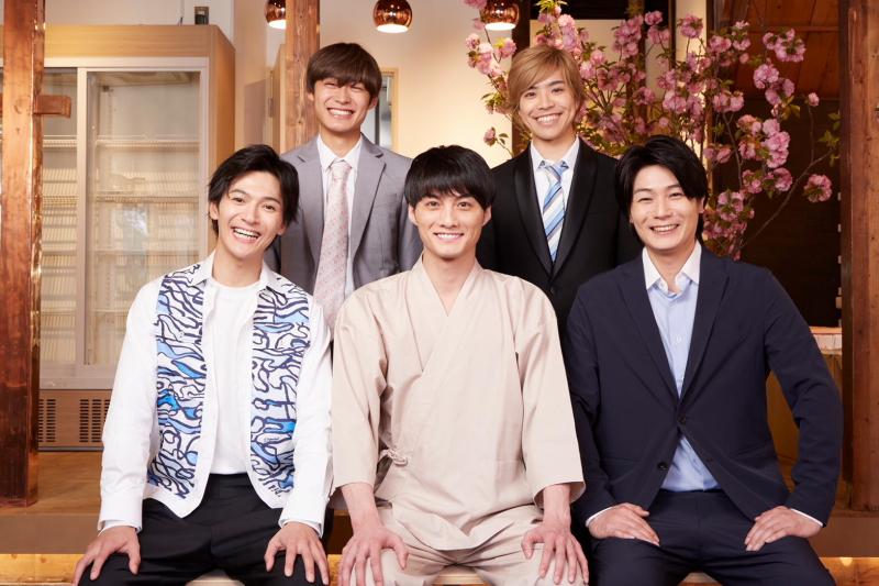 (後列左から)髙松アロハさん、北乃颯希さん (前列左から)上田堪大さん、寺西優真さん、八神蓮さん
