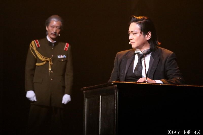 (左から)中島宗之助役の萩野 崇さん、平沼役の泉見洋平さん