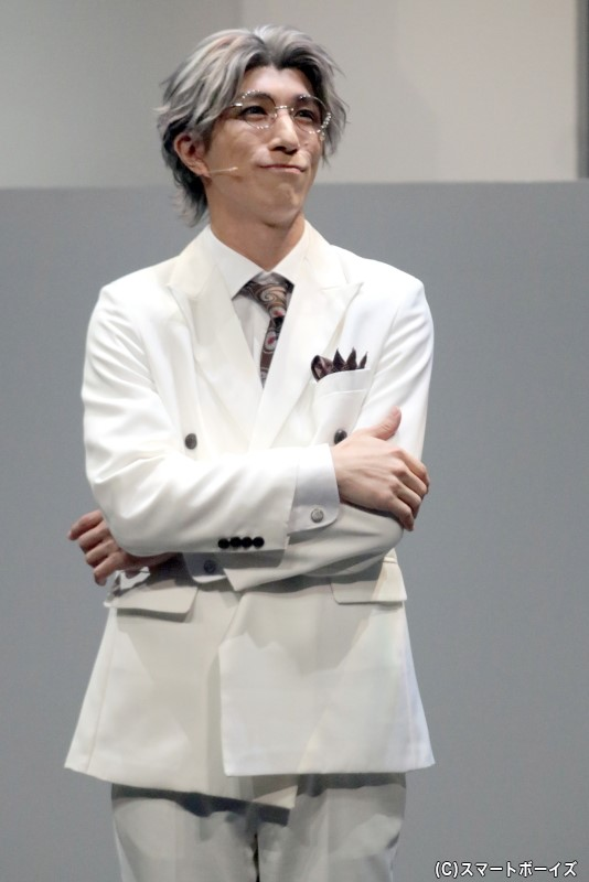 叡智・イオフィエル役の鈴木翔音さん
