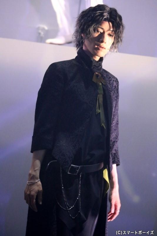 幸福/災禍・マルート役の末原拓馬さん(おぼんろ)