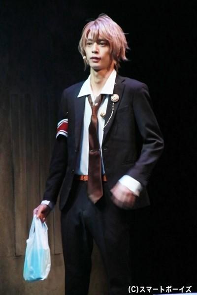 吉成秀明役の栗原大河さん