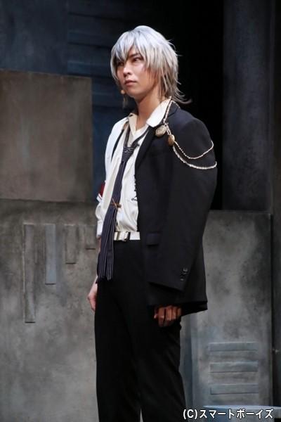 岡崎契役の須賀京介さん