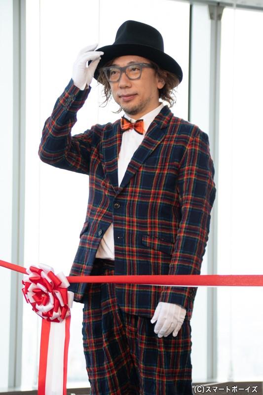 展覧会のシンボリックアートを制作したアーティスト・増田セバスチャンさん